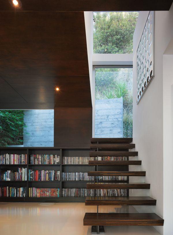 biblioteca 15