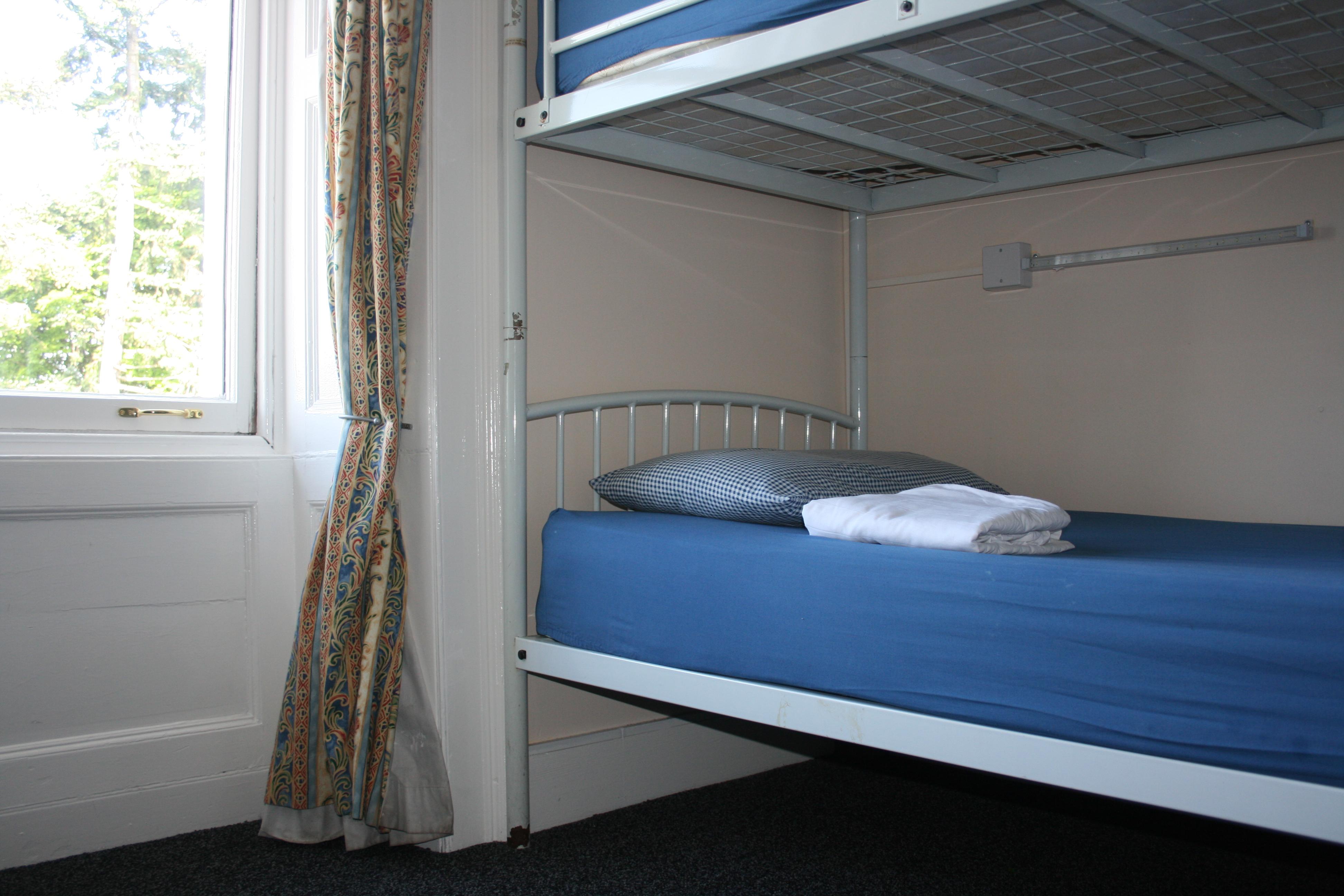 paturi suprapuse pentru spatii mici